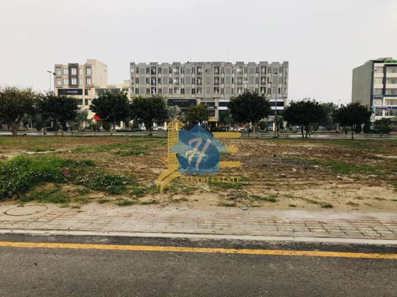 16 Marla Nishtar Commercial Pair Plots for Sale in Bahria Town Lahore